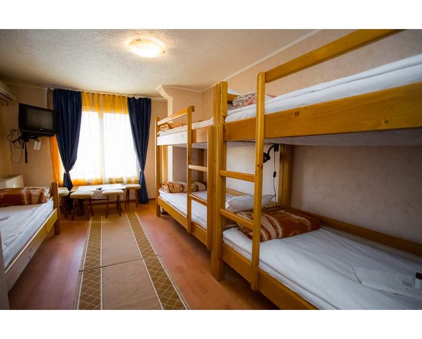 Първа стая